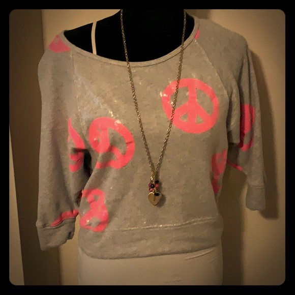 Hard Candy Tops - 🌼5 for $10 Peace sign sweater🌼